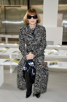Anna Wintour Photos - Anna Wintour attends the Michael Kors Collection Fall 2018 Runway Show at Vivian Beaumont Theatre at Lincoln Center on February 14, 2018 in New York City. - Michael Kors Collection Fall 2018 Runway Show - Front Row