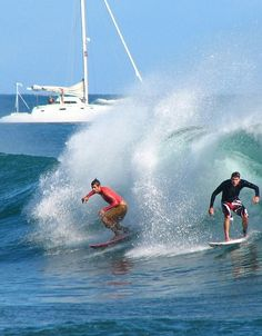 Surfing always fun - Click to discover the 10 most amazing things to do on #Oahu #Hawaii