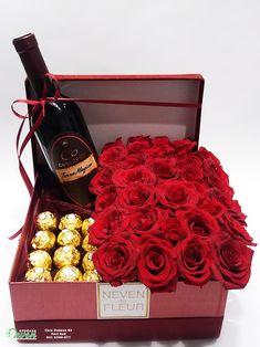 Ferrero roche, crvene ruže u ukrasnoj kutiji - My site Flower Box Gift, Flower Boxes, Valentines Day Baskets, Valentine Gifts, Diwali Decorations, Valentine Decorations, Alcohol Bottle Decorations, Modern Flower Arrangements, Fresh Flower Delivery