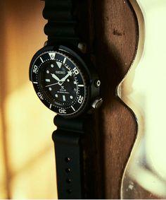 【ZOZOTOWN】SEIKO(セイコー)の腕時計「【予約】【別注】 <SEIKO(セイコー)> DIVERWATCH NAVY/腕時計」(14434991196)を購入できます。