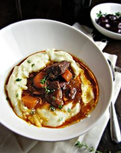 Daube Provençale French Beef Stew with Red Wine - (Free Recipe below) - Comfort Food Food For Thought, Think Food, I Love Food, Crazy Food, Fall Recipes, Beef Recipes, Soup Recipes, Cooking Recipes, Healthy Winter Recipes