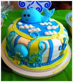 Whale baby shower cake, boys baby shower, blue, www.facebook.com/leticia.moser.39