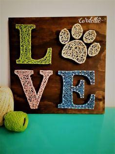 Embroidery On Paper Love Pet em String Art - Cordelliê String Art Templates, String Art Patterns, Doily Patterns, Dress Patterns, Diy Crafts To Do, Dog Crafts, Arts And Crafts, String Wall Art, Nail String Art