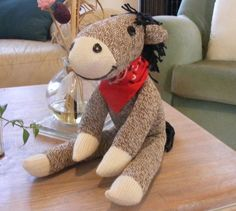 "Sock Horse -- Now this is seriously cute! This is the first ""sock"" animal I've… Sewing Toys, Sewing Crafts, Sewing Projects, Craft Projects, Craft Ideas, Sock Crafts, Horse Crafts, Stuffed Animal Patterns, Diy Stuffed Animals"