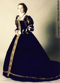 French Court Gown circa 1560-1570
