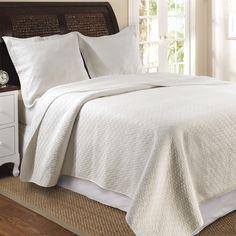 Twin Size Ivory Cotton Quilt Set in Modern Diamond Pattern