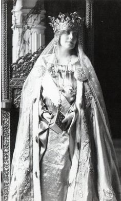 Marie Victoria And Albert, Queen Victoria, Michael I Of Romania, Maud Of Wales, Romanian Royal Family, Old King, Alexandra Feodorovna, Central And Eastern Europe, Royal Tiaras