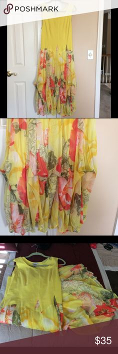 """Gorgeous colorful maxi dress! In excellent co diction, used maybe once. Length 50"""" bust 18. It has some stitch, see pic for fabric. Dresses Maxi"""