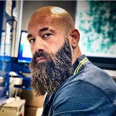 BEARDS IN THE WORLD (@beard4all) • Instagram photos and videos Bad Beards, Bald Men With Beards, Bald With Beard, Beard Fade, Grey Beards, Beard And Mustache Styles, Beard No Mustache, Long Beard Styles, Hair And Beard Styles