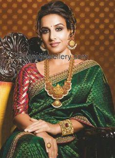 Jewellery Designs: Vidya Balan in Traditional Temple Jewelry