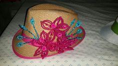 Sombrero con tembleques panameños