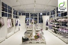 POP-UP STORES! REDValentino greenhouse pop-up store, Florence – Italy » Retail Design Blog