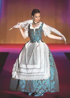 European Dress, Margarita, Beautiful Dresses, Victorian, Cosplay, Colonial, Bikinis, Ideas, Fashion