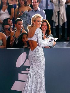 Carrie Underwood. Grammys 2012