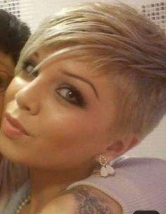 Thin Hair Cuts pixie cut for thin black hair Edgy Short Hair, Super Short Hair, Edgy Hair, Thin Hair Cuts, Short Hair Cuts For Women, Short Hairstyles For Women, Curly Hair Styles, Natural Hair Styles, Short Pixie Haircuts