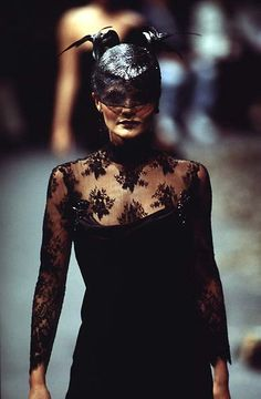 1996-97 - Galliano 4 Givenchy Couture - Helena CHristensen