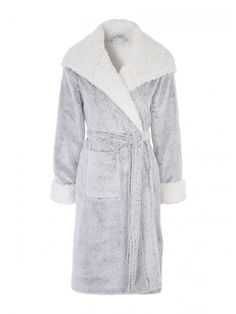 Get ready for cosy nights in with this women's grey fluffy robe. Featuring a contrasting trim made up in a super soft fabric, this is ideal to keep you warm ...