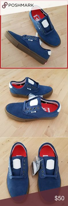 7530405501 Vans Chima Ferguson Pro Covert Twill in Blue Gum Brand new with box and  tags Vans Chima Pros with a pop of orange inside.
