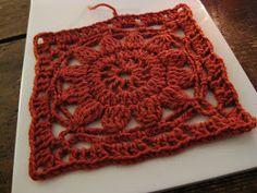 VMSomⒶ KOPPA: virkattu kukkaneliö - ohje - Finnish crochet square pattern with lots of step-by-step crochet diagrams and photographs for each round. Crochet Flower Squares, Crochet Square Blanket, Crochet Blocks, Crochet Flowers, Crochet Diagram, Crochet Chart, Crochet Motif, Diy Crochet, Crochet Granny