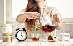 Tea time is time to play. Morning Breakfast, Wine Decanter, Tea Time, Alcoholic Drinks, Coffee Maker, Kitchen Appliances, Food, Clock, Play