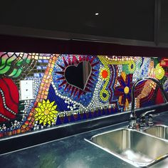Full pic of bar/kitchen backsplash❤️❤️❤️. . . #oneofakindart #oneofakind #glass#hearts #oneofakindpieces #stainedglass #colours #handmadewithlove #glass4sale #madewithlove #mosaic #grout #mosaicart #mosaico #love #ooak #ooak18 #instagood