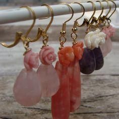 http://www.jewelswithflair.nl/product-categorie/handgemaakte-oorbellen/bloem-oorbellen/