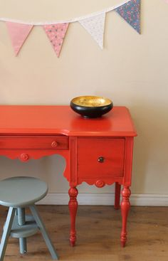 Coral desk vanity by Poppy Seed Living (makes me want to paint all our furniture bright colors) Refurbished Furniture, Upcycled Furniture, Furniture Makeover, Vintage Furniture, Painted Furniture, Diy Furniture, Furniture Design, Painted Desks, Desk Makeover