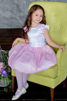 Baby Prince, Stockings Heels, Cute Little Girls, In Pantyhose, Kids Wear, Harajuku, Kids Fashion, Tights, Girls Dresses
