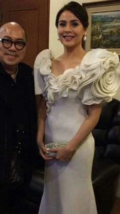 Philippines Outfit, Philippines Culture, Modern Filipiniana Dress, Gowns Of Elegance, Elegant Gowns, Formal Wear Women, Celebs, Celebrities, Traditional Dresses