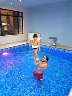 Fericire la cursurile de inot pentru bebelusi si copii! #happiness #swim #baby Sports, Hs Sports, Sport