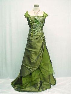 Titanic Rose dress in green Grad Dresses, 15 Dresses, Quince Dresses, Pageant Dresses, Quinceanera Dresses, Evening Dresses, Formal Dresses, Wedding Dresses, Steampunk Dress