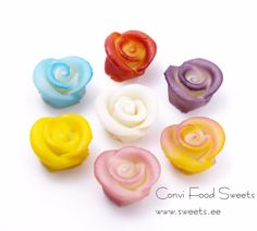 Marzipan Cake Decoration / Roses SR004