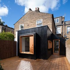 Exterior A bit austere, but painted wood cladding could be a good and cheap option? House Extension Design, Extension Designs, Roof Extension, Extension Google, Extension Ideas, Black Cladding, Timber Cladding, Exterior Cladding, Cladding Design
