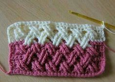 Beautiful Interweave Cable Stitch This crochet pattern / tutorial is available for free. Full Post: Interweave Cable Stitch Beautiful Interweave Cable Stitch This crochet pattern / tutorial is available for free. Crochet Cable Stitch, Gilet Crochet, Crochet Motifs, Crochet Blocks, Crochet Stitches Patterns, Knit Or Crochet, Crochet Crafts, Crochet Projects, Stitch Patterns