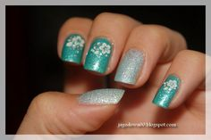 Shimmer Green Floral Nail http://www.jagodowa00.blogspot.com/2014/08/naklejki-born-pretty-store-podejscie.html