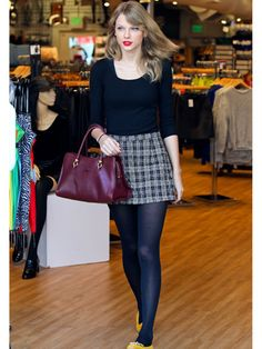 Steal Taylor Swift's Super-Cute Mall Outfit  - Seventeen.com