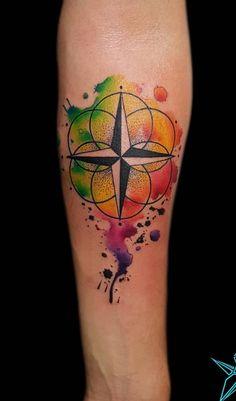 80 Fotos de tatuagens masculinas no braço | TopTatuagens Ems Tattoos, Joker Tattoos, Tatoos, Japanese Water Tattoo, Boss Tattoo, Tattoo Collection, Skin Art, Watercolor Tattoo, Tatting