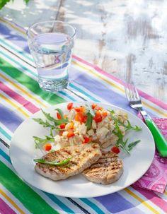 Paprikainen perunasalaatti ja grillatut possupihvit | K-Ruoka #lihareseptit