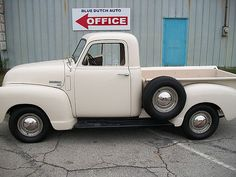 Pickup for sale: Browse Auburn Pickup classifieds, buy and sell Pickup. There are currently 79 Pickups for sale on Collector Car Ads. Pickup Trucks For Sale, Jeep Pickup Truck, Vintage Pickup Trucks, Classic Pickup Trucks, Vintage Tractors, Old Trucks, Lifted Trucks, Jeep 4x4, Pickup Truck Accessories