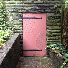 Limestone & Boxwoods - Instagram (@limestonebox) - diamond patterned door in Chestnut Hill, Pennsylvania