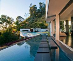 Design Luxurious residence on Nightingale Drive Sunset Strip California