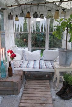 Cozy greenhouse- want it for a reading spot! Outdoor Rooms, Outdoor Living, Outdoor Furniture Sets, Outdoor Decor, Closed In Porch, Dream Garden, Home And Garden, Sleeping Porch, Greenhouse Gardening