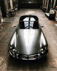 Citroen DS 1967 The Effective Pictures We Offer You About cars diy A quality picture can tell you many things. You can find the most beautiful picture Citroen Ds, Bmw S1000rr, Bmw E46, R1200r, Bmw Classic Cars, Bmw Motorcycles, Vintage Motorcycles, Top Cars, Car Photography