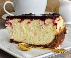 Prăjitură pufoasă cu brânză şi blat de biscuiţi Vanilla Cake, Cheesecake, Lemon, Sweets, Cookies, Healthy, Desserts, Food, Projects