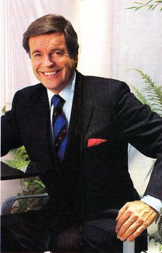 Robert Wagner as Jonathan Hart  <3