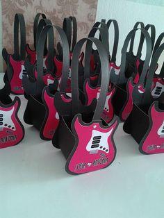 Caixa Guitarra Monster High