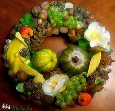 """""""Szőlőskert"""" őszi kopogtató (22 cm) (pinkrose) - Meska.hu Fruit Salad, Food, Essen, Fruit Salads, Yemek, Meals"""