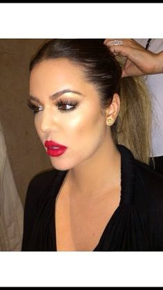 Khloe Kardashian MAKEUP gorgeous!!!!!