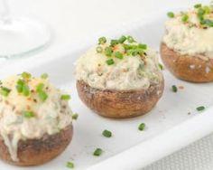 Champignons farcis au fromage frais 0% minceur pour les fêtes : http://www.fourchette-et-bikini.fr/recettes/recettes-minceur/champignons-farcis-au-fromage-frais-0-minceur-pour-les-fetes.html