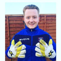 Massive congratulations to goalkeeper Owen Kallmeier who last week signed a contract for the Margate 1st team! Owen has been with Just4keepers since he was 8 years old and was actually in my first ever J4K session, 10 years later and all his hard work has finally payed off! Best Wishes from Andy and all the J4K coaches. We are very proud to say that Just4keepers have yet another success goalkeeper student success story! [  121 more words. ]…